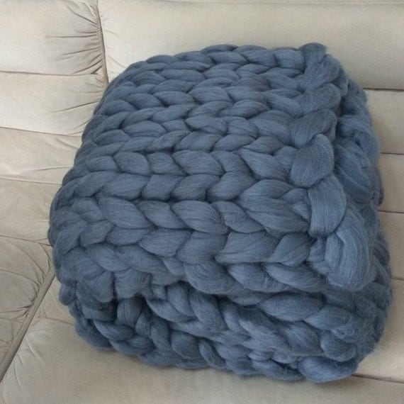 Knit Blanket Pattern Super Bulky : Chunky knit blanket Super bulky arm knitting by GoodsbyMika