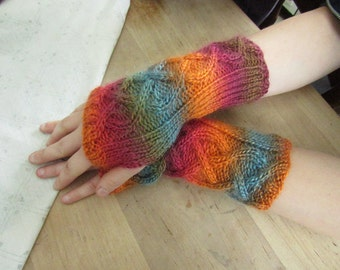 Sunrise Cabled Fingerless Gloves