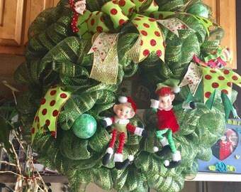 Elf on the wreath