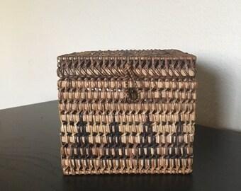 Vintage wicker basket and lid