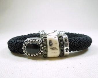 -Ref 0005 - black and white braided bracelet