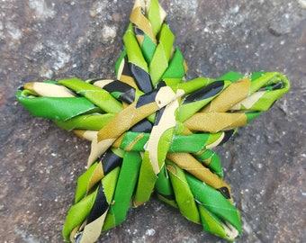 Woven star ornament - Camo