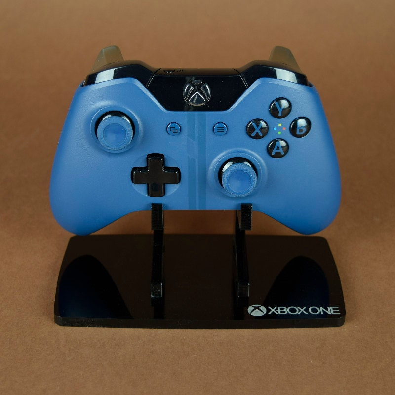 Modern Exhibition Stand Xbox One : Xbox one controller display stand