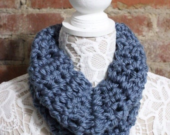 Chunky Cowl Neck Scarf - Blue