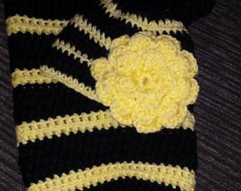 Newborn bumble bee crochet cocoon