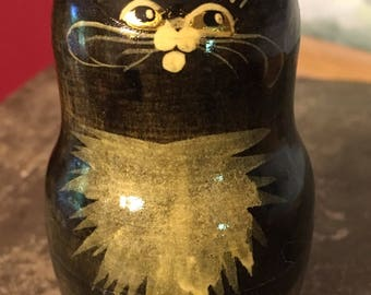 Vintage nesting black cat wood figurine hide treasures made in russia