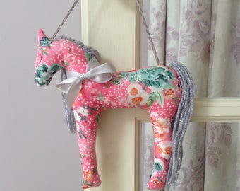 Horse gift, horse decor, door hanger, hanging decoration, girls room, pony gifts, horse hanging decoration, pony, pink horse, jumbleberry