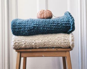 Cover baby - 100% Peruvian wool - plaid baby - knitting