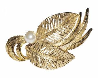 VINTAGE SPHINX brooch - leaf flower Pearl galore