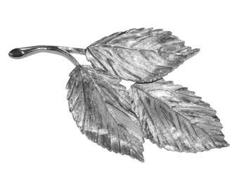 VINTAGE pin - Fall leaf