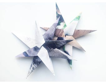 Studio Stars – Wildlife Colors Duo (Unique set of 2 recycled paper stars)