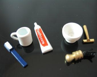 Miniature dolls house toilette set