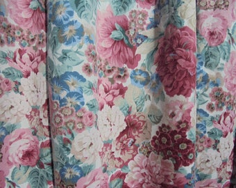 Vintage cotton floral curtains/Made in united kingdom curtains/Pretty vintage floral fabric/Roses curtains/105''wide 54'' high EACH