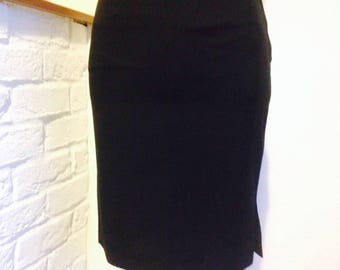 Pencil skirt by agnis B for petite size//black wool//vintage item from 80's//classic style black skirt with side slit//fully lined tight fit
