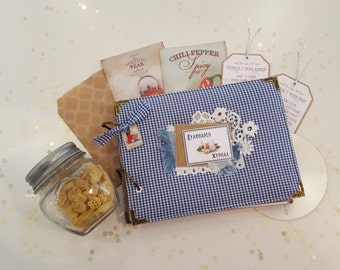 Cookbook, culinary journal, A5, papergood, handmade, fabric covers, gingham pattern