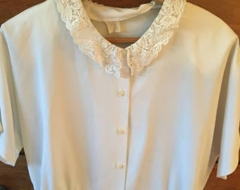 Super cute 80's vintage blouse size S