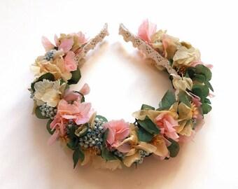 Diadema de flores preservadas tonos pastel CLARA