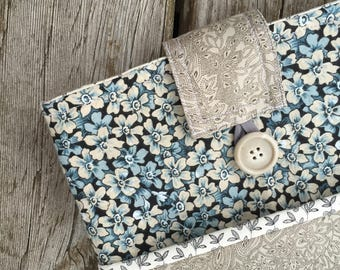 Ipad cover, ipad sleeve, ereader sleeve, tablet sleeve, padded ipad sleeve, padded ipad cover