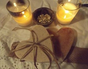 Apple Cinnamon Herbal Goat's Milk Soap with Shea butter