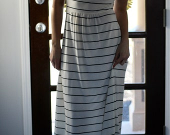 Vintage Black And White Stripe Midi Dress Size Extra Small