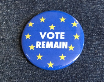 """Vote Remain EU stars in shape of heart 58mm (2 1/4"""") pin button badge"""