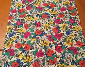 Reversible table runner, floral, table runner, floral table runner