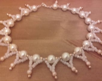Beautiful faux pearl wedding necklace