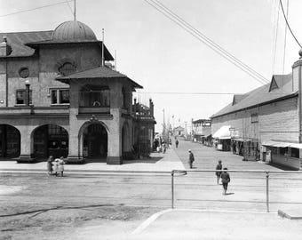 "1910-1915 Redondo Beach Pier & Pavilion, CA Vintage Photograph 8.5"" x 11"""