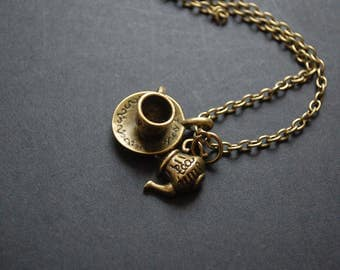 tea lovers necklace