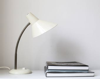 Beige 50s, enamel, desk lamp, lamp, head 360 degrees swivel, 1950, 1960, vintage mid century lamp, table lamp