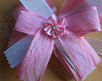 Pink lace stacked bow
