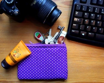 Pretty Pois Pouch Iphone