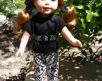 Wellie Wisher T-Shirt and leggings