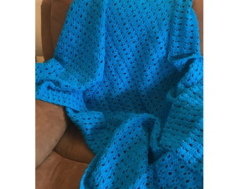 Kingfisher Blue Shell Afghan