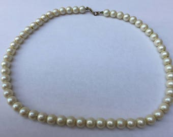 Vintage Imitation Pearl Necklace