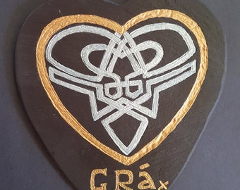 Grá Heart Shaped Celtic Knot Slate Wall Plaque