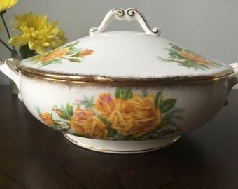 Free UK shipping! Royal Albert Tea Rose Round Covered Vegetable Dish