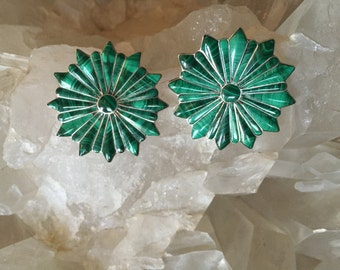 Malachite, Post earring