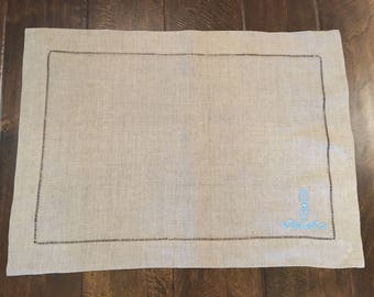 Monogrammed placemats, Linen Placemats, set of 4+