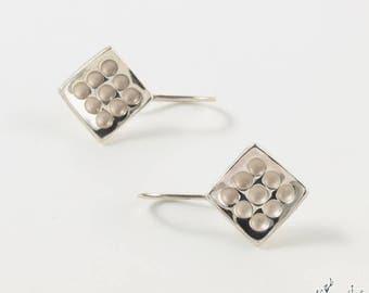 """Dangling earrings in Sterling Silver """"Alveoli BO2"""" module-12 mm Diamond by IrisBiu. Jewelry handmade in France."""