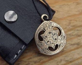 Protection Amulet, talisman amulet,Celtic TRISCEL Necklace