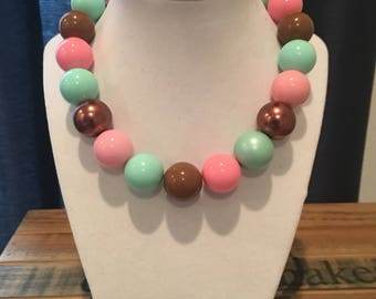 Chunky necklace with aqua, pink and brown!