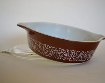 Woodland Pyrex Casserole WITH Lid
