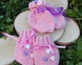 Hand knitted Baby mittens and Socks ,Baby Shower Gift , Newborn Cuffed Baby mittens - Crochet Baby socks,Gender Neutral Infant mittens pink
