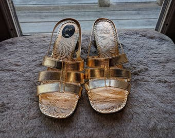 Vintage gold block heel strappy sandals - Made in Canada