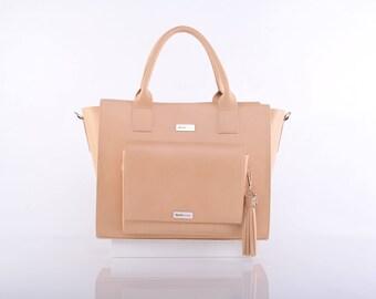 Natural Judith Messenger Bag