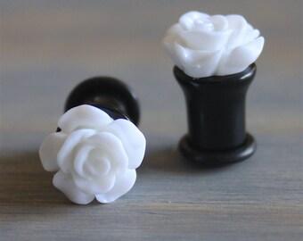 White Rose Plugs - 10g -8g - 6g - 4g - 2g - 0g - 00g - 7/16 - 1/2 - 9/16 - 5/8 - 18mm - 3/4 - 7/8 - 1 inch