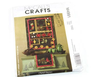McCall's Crafts - Pattern #M4991 - Quilt/Wall hanging and table runner