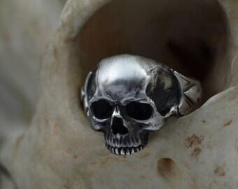 """Skull ring """"Jack of Spades"""" - massive -.935 silver"""