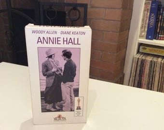 Annie Hall (1977) Woody Allen, Diane Keaton - VHS Tape - Used